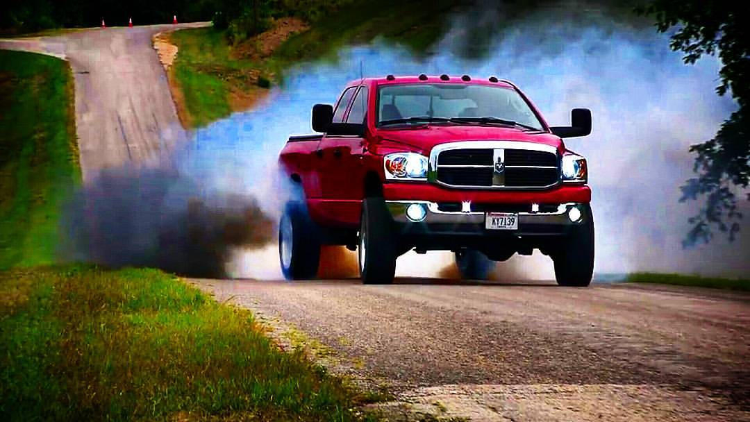 John Wiza's Cummins Burnout with ATD 48RE image
